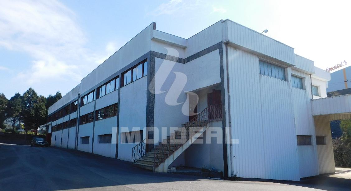 Armazém Industrial em Ribeirão – Vila Nova de Famalicão